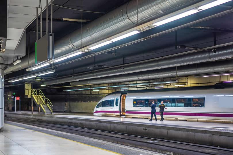 Metro platform of Barcelona Sants Station