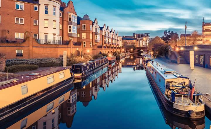 Birmingham Canal Houses