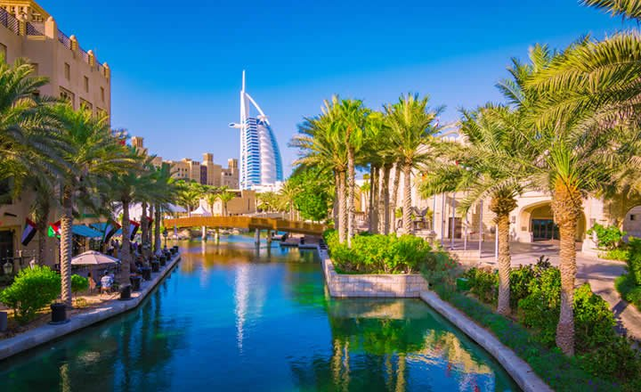 Dubai Burj Al Arab hotel and surroundings