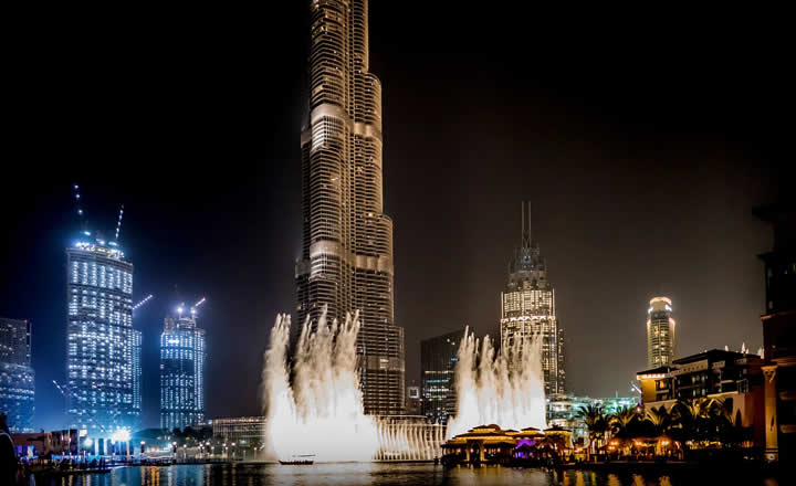 Dubai Fountains at night