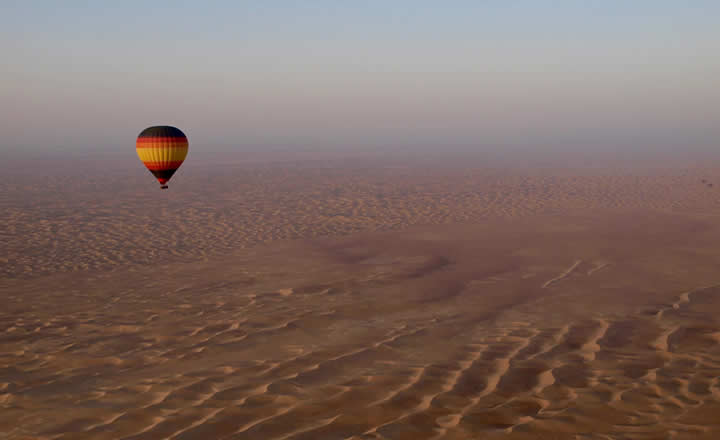 Desert hot air balloon flight