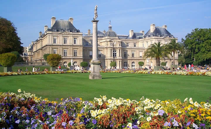 Jardin du Luxembourg in Paris in Spring