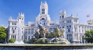 Fountain at Plaza de Cibeles in Madrid