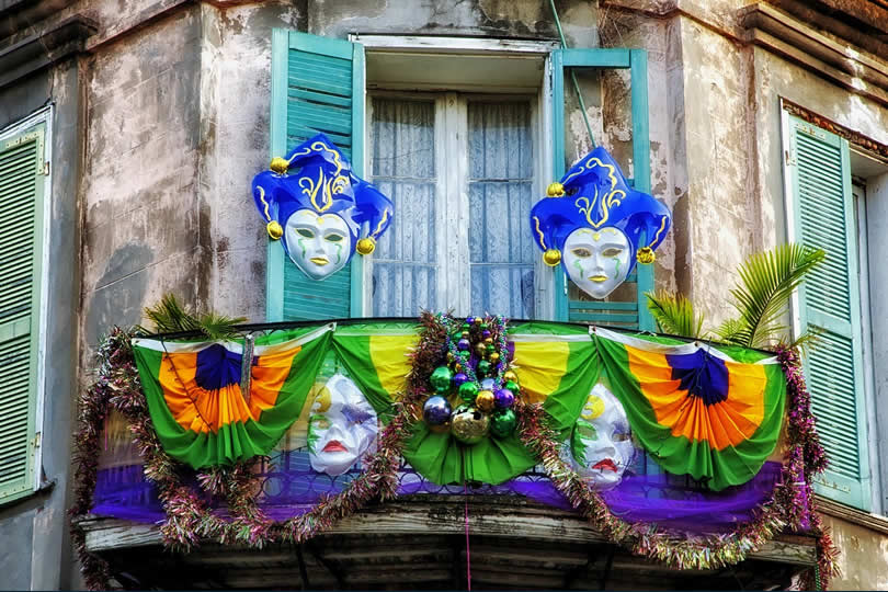 New Orleans home decorations for Mardi Gras