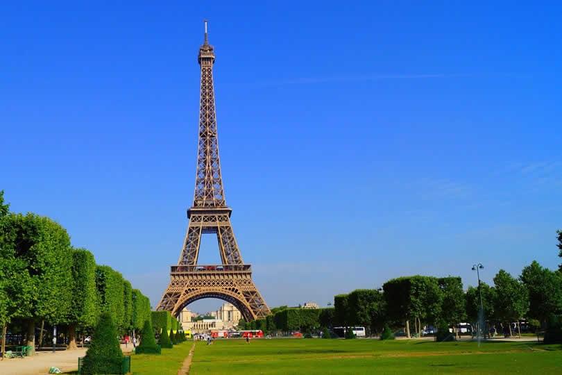 Paris Eiffel Tower in Spring